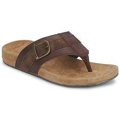 Diese schönen #zehensandalen von @emuaustralia garantieren tollen #komfort. Dank der weichen Konstruktion aus hochwertigem #leder schwebt Mann wie auf Wolken... #sale #sommerschuhe #herrenschuhe Weekender, Komfort, Flip Flops, Sandals, Men, Shoes, Fashion, Comfortable Shoes, Gents Shoes