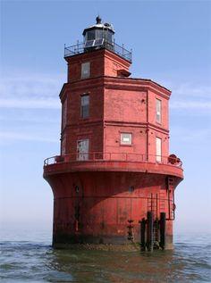 Wolf Trap Lighthouse, Virginia at Lighthousefriends.com