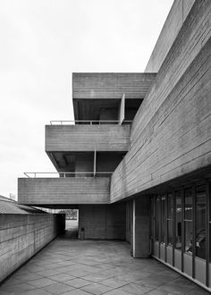 National Theatre 5, South Bank, London, Denys Lasdun, 1967-76 Photo: Simon Phipps