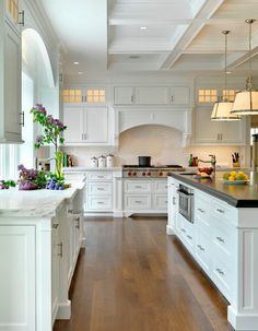 4 Enormous Clever Ideas: Kitchen Remodel Grey And White kitchen remodel bar granite.Kitchen Remodel Design Light Fixtures country kitchen remodel on a budget. New Kitchen, Kitchen Dining, Kitchen Decor, Kitchen Ideas, Kitchen White, Kitchen Modern, Kitchen Inspiration, Ranch Kitchen, Awesome Kitchen