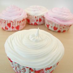 6. Bath Bomb Cupcakes Recipe {how to} ~ How To make bath bombs that look like cupcakes bt that are perfect bath fizzies in the water!