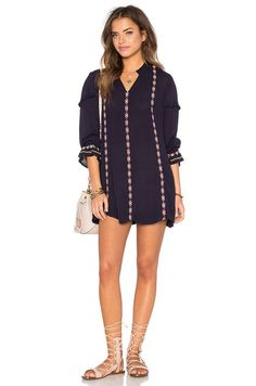 Tularosa Arabella Tunic Dress en Marine | REVOLVE