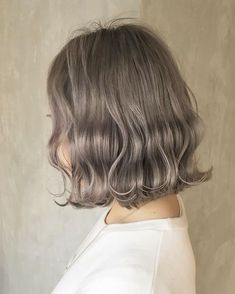 6 Great Balayage Short Hair Looks – Stylish Hairstyles Black Hair Ombre, Ombre Hair Color, Brown Hair Colors, Cut My Hair, Love Hair, Ash Blonde Hair, Ash Hair, Blonde Balayage, Maroon Hair