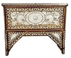 Late 19th-century Syrian wooden chest, inlaid with mother of pearl