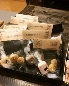 バレンタインチョコのラッピングにおすすめのアイディア集|feely(フィーリー) の2ページ目 Sandwich Box, Sandwiches, Mole, Tasty, Party Ideas, Sweets, Packaging, Cookies, Chocolate