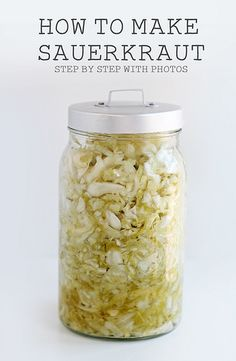 How to Make Sauerkraut. Fermented foods like sauerkraut have probiotics and are great for burning belly fat & weight loss. Canning Recipes, Raw Food Recipes, Healthy Recipes, Probiotic Foods, Fermented Foods, Kombucha, Sauces, Food To Make, Food And Drink