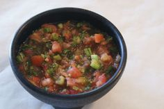 A recipe for the best mild salsa!} Says a piner Best Appetizers, Appetizer Dips, Appetizer Recipes, Snack Recipes, Mexican Cooking, Mexican Food Recipes, Mild Salsa, Fresh Salsa, Healthy Snacks