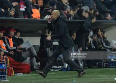 Bayern Munich's Spanish head coach Pep Guardiola reacts during the UEFA Champions League, Round of 16, second leg football match FC Bayern Munich v Juventus in Munich, southern Germany on March 16, 2016. / AFP / TOBIAS SCHWARZ