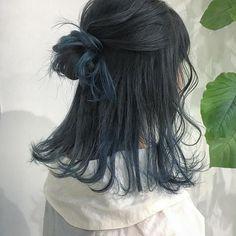 Hidden Hair Color, Two Color Hair, Hair Color Streaks, Hair Dye Colors, Hair Highlights, Korean Hair Color, Black Hair Ombre, Ombre Hair, Blue Hair