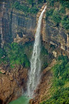 Nohkalikai Falls is the tallest plunge waterfall in India