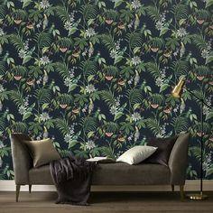 Vliesbehang adilah donker (dessin 106976) kopen? bloemen-behang | Karwei Creature Comforts, Motif Floral, New Wallpaper, Animal Wallpaper, Room Paint, Living Room Sofa, My Room, Wall Design, Interior Design