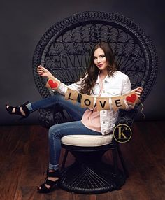 """Love changes everything so fill the world with it."" -Kid President.  So very true!  Mod Squad Beauty Kaitlyn totally rocked this session. From her shoes to her fabulous white denim jacket (can't beat a good denim jacket)....so fabulous!!! . . . #kikismodsquad #denim #whitedenim #love  #kikiscornerphotography #classof2017 #senioryear #seniorlovin #seniorinspire #seniorstyleguide #seniorologie #posepatch #theseniorcollective #thetwelfthyear  #seniorchic #westtexasphotographer #seniortographer…"