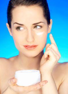 Creme gegen Augenringe selber machen - Rezept und Anleitung
