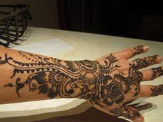Freehand henna