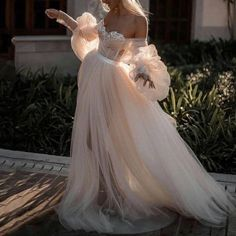 Elegant Dresses, Pretty Dresses, Beautiful Dresses, Sexy Evening Dress, Evening Dresses, Dream Wedding Dresses, Wedding Gowns, Ethereal Wedding Dress, Ball Dresses