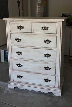 tutorial on how to redo a dresser, NICE