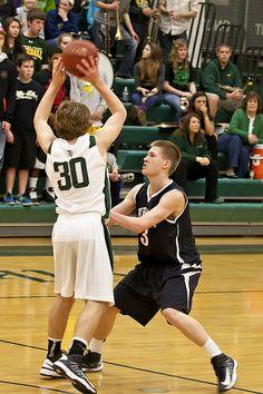 ˚Heritage vs. Loudoun Valley Boys' Basketball 2013