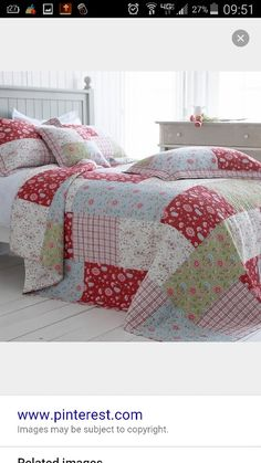 Luxury cotton quilted bedspreads, bed throws and patchwork quilts for your dream bedroom. Our beautifull bedspreads and quilts are in stock. Patchwork Quilting, Rag Quilt, Patch Quilt, Quilt Bedding, Nursery Bedding, Patchwork Blanket, Quilt Blocks, Cama Floral, Country Cushions
