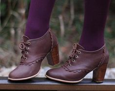 Leather Oxford Shoes / Leather Booties / Oxford Booties / Oxford Heels / Lace up. Izes US Available in different leather colors - Leather Lace Up Boots, Leather Booties, Lace Up Booties, Purple Leather, Cute Shoes, Me Too Shoes, Look Fashion, Fashion Shoes, Fall Fashion