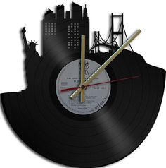 USA Theme Vinyl Record Clock Upcycled vinyl by geoartcrafts, lots to choose from. So clever.