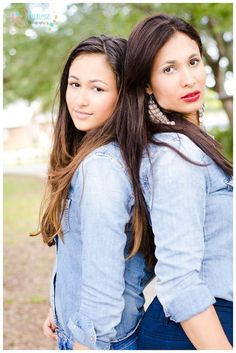 Photography. Mom and Daughter Portrait. Summer. Fashion. Teen Photography.