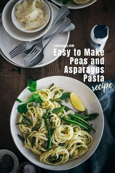 Need easy dinner ideas? Try this quick dinner recipe for a spring inspired Peas and Asparagus Pasta recipe! Ad. Can't find fresh peas or aspargus? No problem, you can also substitute other seasonal vegegtables or even add in protein if you'd like. Get the recipe at Little Figgy Food! @labaleineus #labaleineus #pasta #30minutemeals #easytomake #dinnerideas #vegetables #asparagus #peas #linguine Asparagus Pasta, Vegetarian Recipes, Healthy Recipes, Most Delicious Recipe, Quick Dinner Recipes, Amazing Recipes, Clean Eating Recipes, No Cook Meals, Pasta Dishes