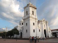 Catedral de SantaMarta Santa Marta, Notre Dame, Exterior, Iglesias, Building, Travel, Human Settlement, Places To Visit, Colombia