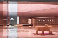 The new signature store design of fashion label Acne Studios Retail Store Design, Retail Shop, Retail Displays, Shop Displays, Window Displays, Store Interiors, Dark Interiors, Studio Interior, Retail Interior