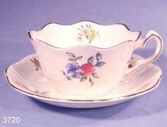 Aynsley Regency Sprays Fine Vintage Bone China Fluted Tea Cup and Saucer