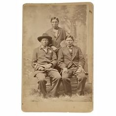 Red Tomahawk on left was at shooting of Sitting Bull American Indians, Native American, Indian Family, Sitting Bull, Indian Scout, First Nations, Historical Photos, South America, Police