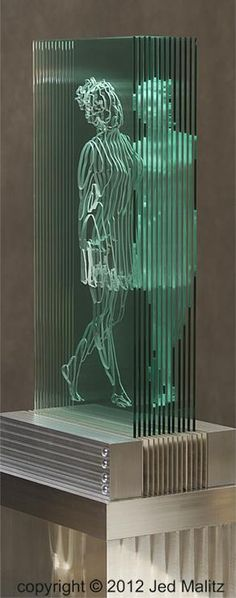 'Seren' , made by: Jed Malitz - Glass sculpture