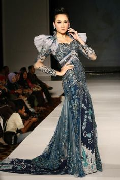 Beauty is You...: Kebaya Pengantin Rancangan Ivan Gunawan