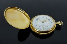 Ladies 14K Gold Waltham Pocket Watch : Lot 0026