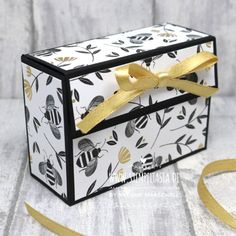 Kmart Decor, Paper Box Template, Bee Gifts, Craft Box, Card Tutorials, Diy Box, Stamping Up, Craft Fairs, Ach Ja