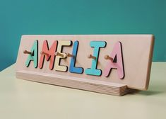Jigsaw Puzzles For Kids, Puzzles For Toddlers, Fun Games For Kids, Diy For Kids, Wooden Names, Wooden Pegs, Wooden Puzzles, Puzzle Logo, Name Puzzle