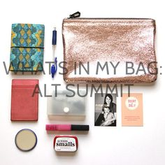 WHAT'S IN MY BAG #whatsinmybag | Whats In My Bag // P U R S E | Pinterest | Väskor