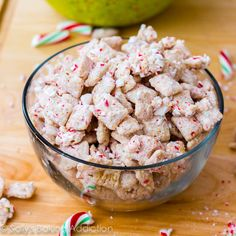 Peppermint Crunch Puppy Chow. It's amazing! Only 4 ingredients!