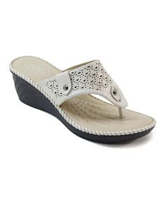 The classic thong construction of these sandals slides gently between toes for a secure and comfortable fit, while the platform wedge offers a boost of height and stability for stylishly elevated strides. Flat Sandals, Leather Sandals, Wedge Shoes, Flat Shoes, Womens Slippers, Womens Flats, Nude Wedges, Slipper Sandals, Beautiful Shoes