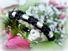 Square knot bracelet with beads