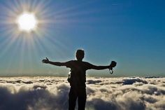 Turistas podem aproveitar destinos inusitados e com paisagens de tirar o fôlego em Minas Gerais. Pico da Bandeira/Alto Caparaó   foto: Roberto Scoralich