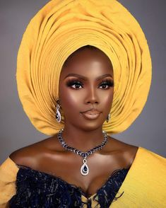 African Hair Wrap, African Hats, African Head Wraps, African Attire, Nigerian Traditional Wedding, Traditional Wedding Attire, Afro, African Colors, African Style