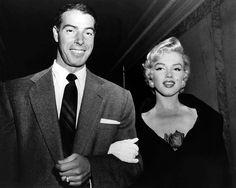 Marilyn Monroe and Joe DiMaggio at El Morrocco, New York, September 1954 Howard Hughes, Joe Dimaggio Marilyn Monroe, 20th Century Fox, Photo Print, Norma Jeane, Celebrity Couples, Celebrity Photos, Akita, New York Yankees
