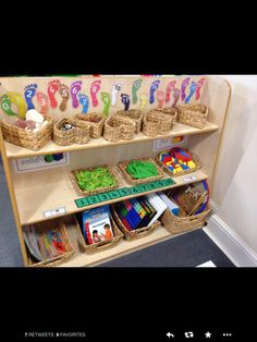 Year One continuous provision maths area ideas. Lots of loose parts for problem solving. Footprints could be adapted to multiples of Maths Eyfs, Eyfs Classroom, Classroom Setup, Preschool Math, Kindergarten Math, Teaching Math, Classroom Displays, Year 1 Classroom Layout, Reception Classroom Ideas
