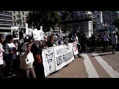 Las Madres de la Plaza de Mayo - YouTube