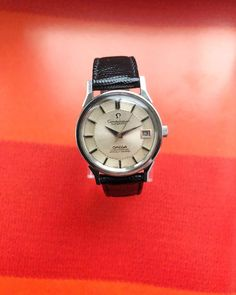 Omega Constellation Pie-Pan from 1974 (34 mm) #watch #rolex #rolexwatches   rolex watches for men   rolex horloge voor heren   rolex horloge voor mannen   vintage watches   vintage horloges   horloges heren   SpiegelgrachtJuweliers.com