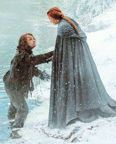 """""""Theon Greyjoy and Sansa Stark in Game of Thrones season 5 episode 1"""""""