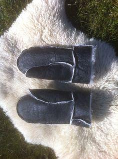 Sheepskin mittens, handsewen