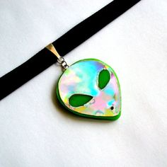 90s Choker Necklace Holographic Alien Choker - $29.99 USD - http://ninjacosmico.com/12-holographic-fashion-items/4/