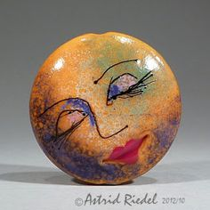 Astrid Riedel Glass Artist: Moon Face