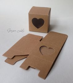 Vintage Style Brown Kraft heart Wedding Favour Box - Pack of 50 on Etsy, € Wedding Cake Boxes, Wedding Gift Tags, Wedding Favours, Kraft Packaging, Packaging Boxes, Browns Gifts, Box Design, Print Patterns, Rustic Wedding